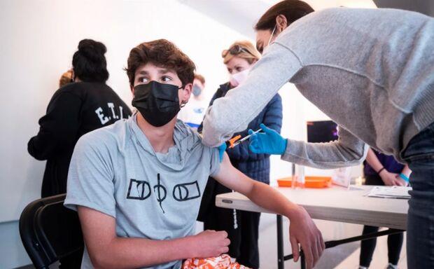 Prefeitura abre cadastro para vacinar pessoas de 12 a 17 anos em Campo Grande