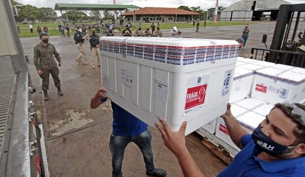 Mato Grosso do Sul recebe mais 70 mil doses de vacina contra a covid-19