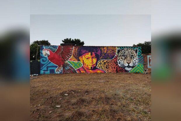 Artista de MS relata polêmica de 'colegas' de rua com criação de painel na Lagoa Itatiaia