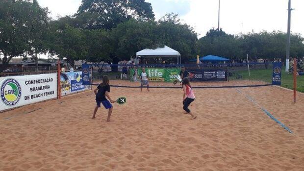 Beach tennis aguarda liberação para confirmar campeonato em agosto em MS