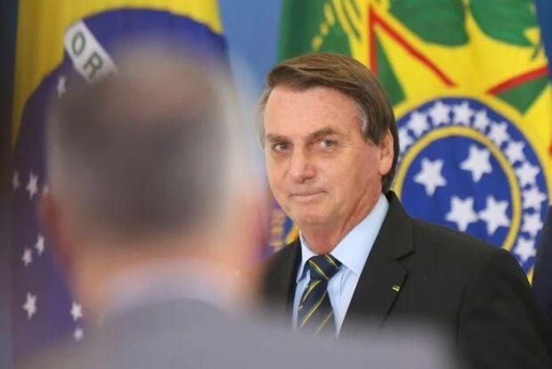 'Mata bichas', diz Bolsonaro sobre ivermectina e tratamento precoce