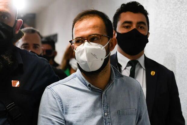 Irmão de deputado 'arrega' e diz não se lembrar de mostrar provas a Bolsonaro