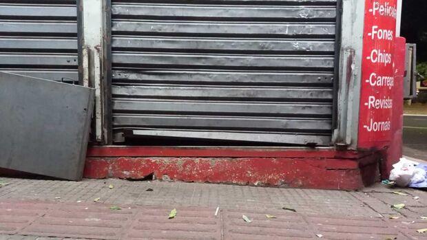 Vídeo: ladrões se dão mal ao tentar arrombar banca no centro de Campo Grande