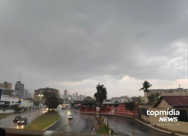 Nova frente fria e mais chuvas na semana em Campo Grande e MS