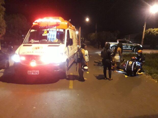 Acidente entre motos deixa criança de 12 anos e mais dois feridos