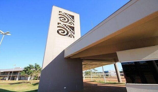 Com 2,3 mil vagas, UEMS tem nova data para vestibular 2022
