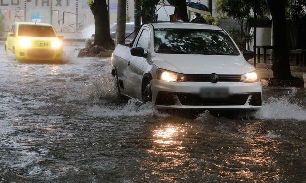 Inmet alerta para chuva forte e ventania em 19 cidades de MS