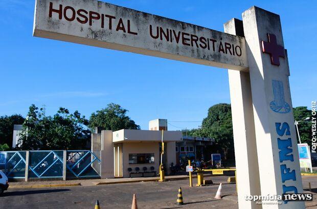 Hospital Universitário está superlotado e improvisando na emergência em Campo Grande