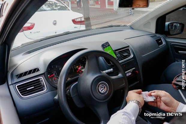 Projeto que prevê CLT para trabalho em aplicativos recebe apoio de motoristas em MS