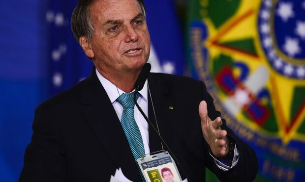 Reprovação ao governo Bolsonaro sobe para 53%, diz pesquisa Ipec