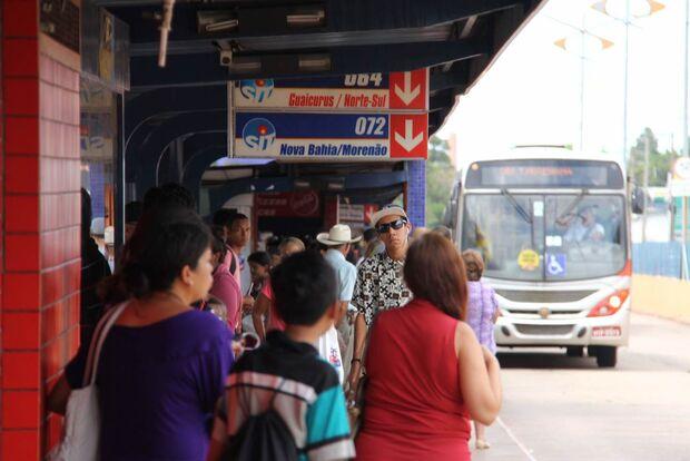 Ônibus voltam a operar com capacidade máxima em Campo Grande