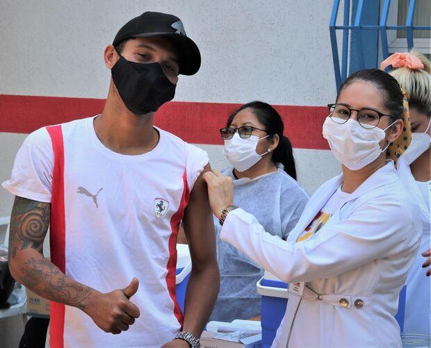 Vitória! Campo Grande supera média mundial em vacinados contra a covid