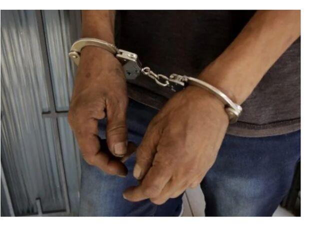 Homem não aceita fim de festa, bate nos seguranças e empurra PM em Campo Grande