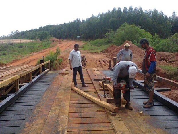 Líderes comunitários questionam saída de gerente de Obras Públicas de Naviraí