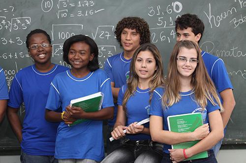 Em jogos da seleção brasileira na Copa, escolas não terão aulas