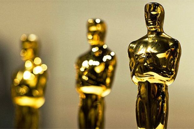 Entrega do Oscar neste domingo põe fim à disputa mais acirrada em anos