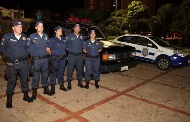Com fama de violento, carnaval na Fernando Corrêa recebe reforço de 110 homens no policiamento