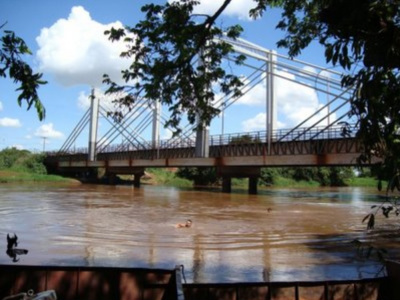 Jovem de 19 anos desaparece no rio Dourados