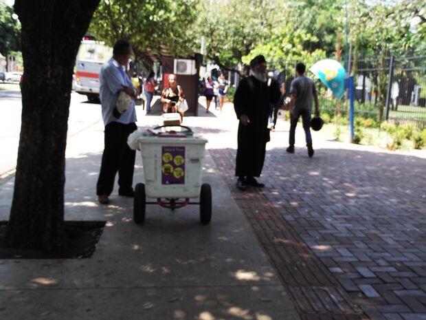 Ambulantes são liberados a voltar à praça Ary Coelho