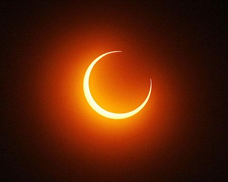 Último eclipse solar de 2013 ocorrerá na manhã deste domingo