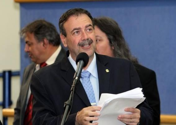 Vereadores da oposição podem 'mudar de lado'