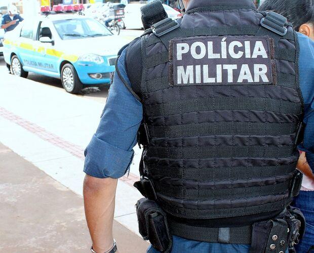 Polícia fecha boca de fumo e prende três traficantes na Capital
