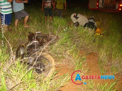 Pneu de moto fura e jovem sofre grave acidente na MS-156
