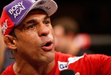 Vitor Belfort deve enfrentar Chris Weidman em maio ou julho em Las Vegas