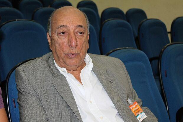 Pedro Chaves afirma que deixará secretaria entre abril e maio