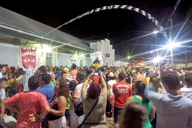 Como convidado, Cordão Valu celebra 8 anos de tradição no desfile de blocos