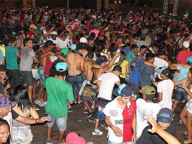 Rapaz é espancado após sair de carnaval na Fernando Corrêa