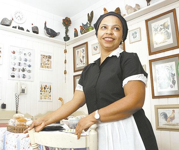Lei que ampara empregados domésticos assusta  e número de contratações caem
