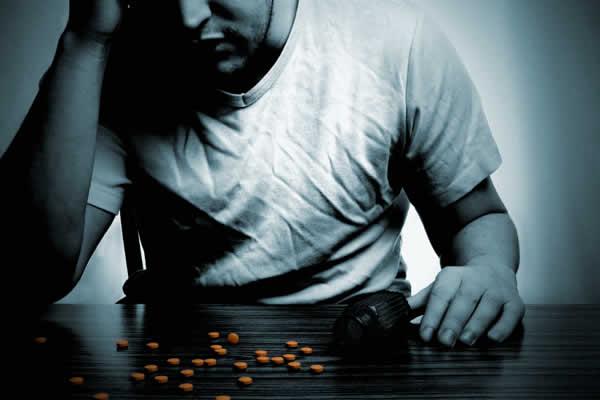 Mais de 20 milhões de pessoas vivem com dependente químico