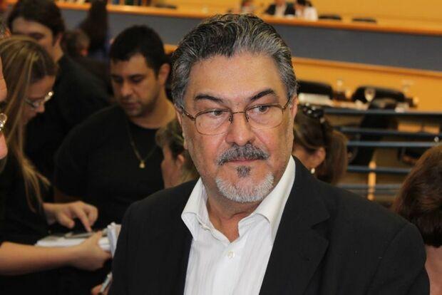 Chadid vai à Câmara, mas não convence professores concursados