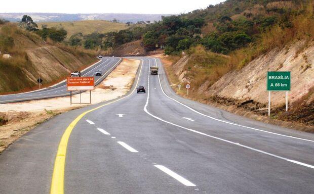 Cinco grupos disputarão leilão de concessão em três rodovias brasileiras