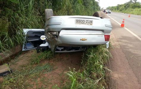 Sem cinto de segurança homem morre depois de capotar veículo em rodovia de MS