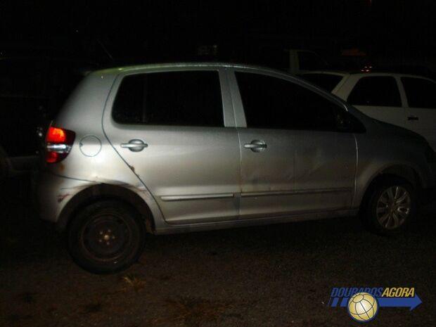 Arrastadores usam menores para levar carro roubado à fronteira