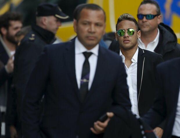 'Não sou criminoso', afirma Neymar sobre problemas fiscais na Espanha