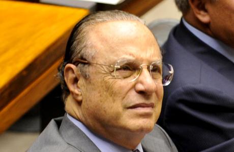 Maluf é condenado por desvios em obra e fica inelegível por cinco anos