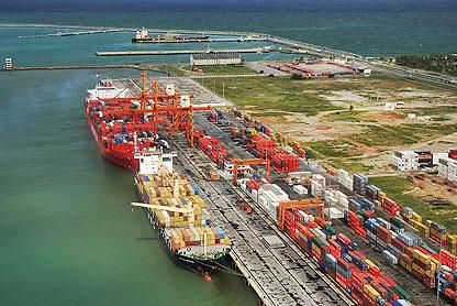 Porto de Santos obtém crescimento histórico no número de importações e exportações