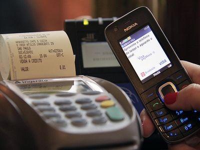 Banco Central anuncia regulamentação de pagamentos via celular