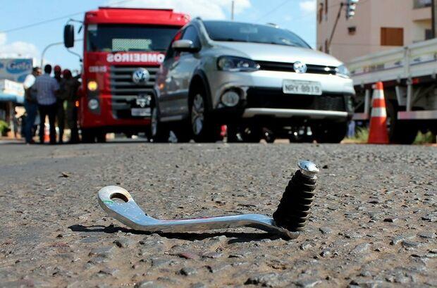 Semáforos com defeitos provocam acidente em cruzamento da Capital