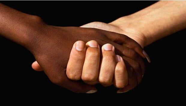 Lei que define crimes de racismo completa 25 anos