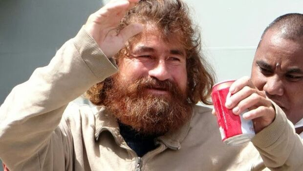 Pescador volta para casa na sexta-feira depois de 13 meses perdido no mar