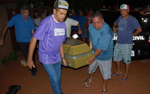 Jovem mata padrasto a facadas em Batayporã