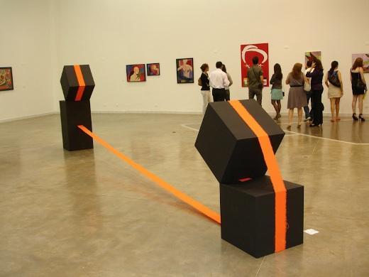 O Museu de Arte Contemporânea recebe a partir de hoje a exposição Salão de Arte 2013