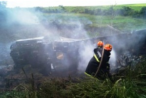 Homem morre carbonizado em acidente na BR-163