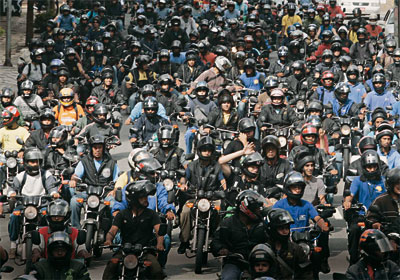 Detran-MS suspende direito de conduzir de 226 pilotos por falta de viseira no capacete