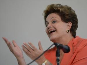 """Dilma diz que Brasil fará em 2014 a """"Copa das Copas"""""""