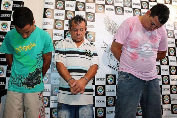 Polícia quebra esquema de venda de cocaína a caminhoneiros